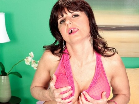 Ginny May - Interview MILF video