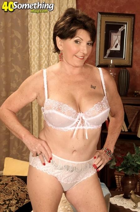 Lady sonia lucky twitter follower blowjob handjob massage - 1 9