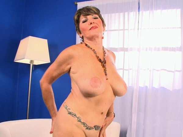 Bea Cummins Bea, Her 60Somethin