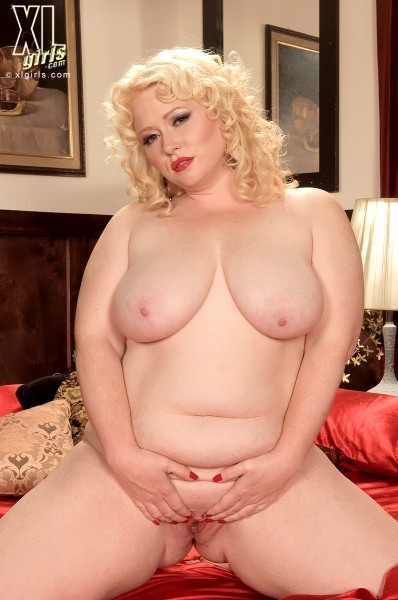 Dawn Davenport - Solo BBW photos