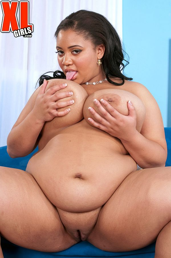 Vicki Black - Solo BBW photos