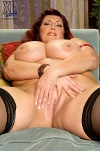 Peaches LaRue - Solo BBW photos
