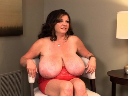 Diane Poppos - Interview MILF video