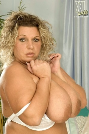 Dolly - Solo BBW photos