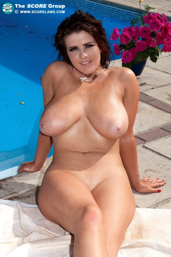 Robyn Alexandra - Solo Big Tits photos
