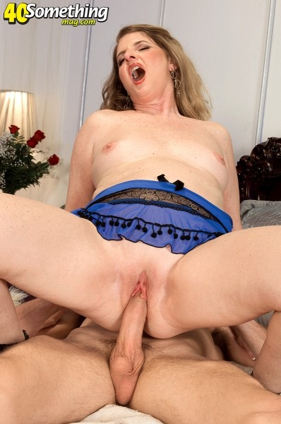 Jeri Does - XXX MILF photos
