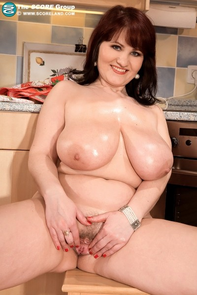 Simona - Solo Big Tits photos