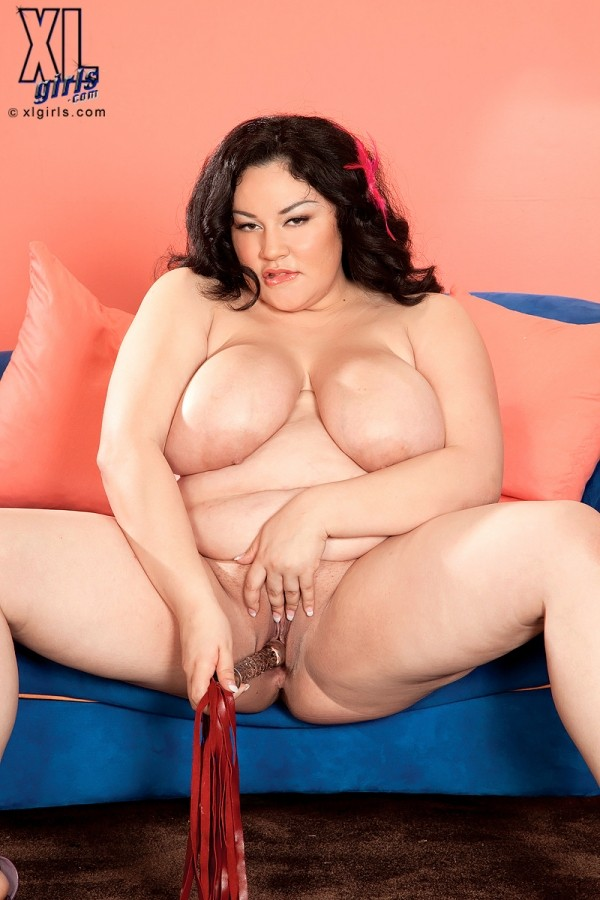 Julia Juggs - Solo BBW photos