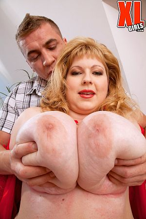 Steve Q - XXX Big Tits photos