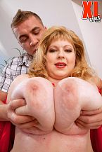 Pumping the plumper. This scene starts off with Angellyne Hart