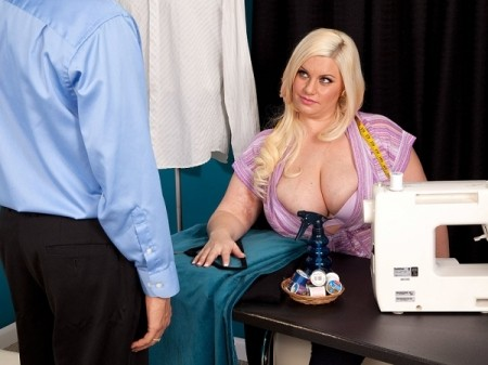 Bailey Santanna - XXX Big Tits video