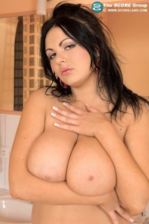 Marille - Solo Big Tits photos