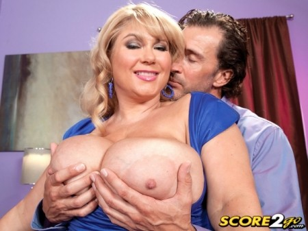 Samantha 38G - Solo BBW video