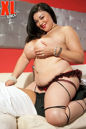 Julia Juggs - XXX BBW photos