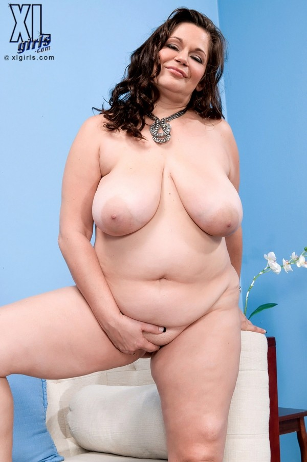 Nikki Armand - Solo BBW photos