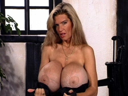 Busty Dusty - Solo Big Tits video