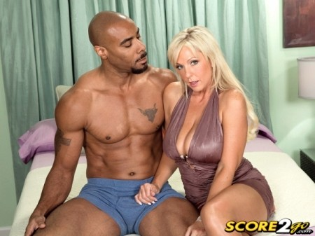 Alysha - XXX MILF video