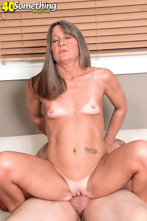 40 year old milfs naked
