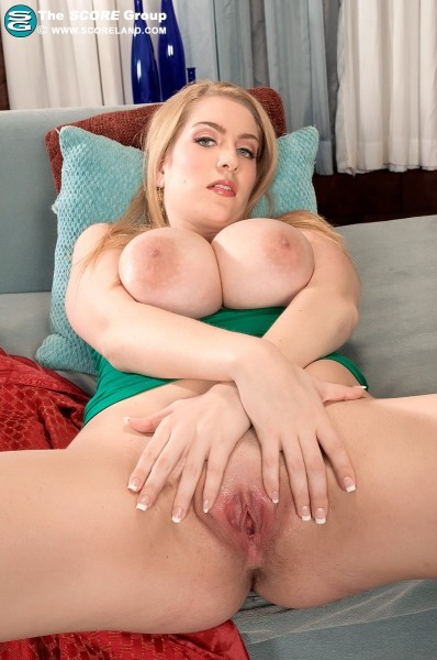 Kali West - Solo Big Tits photos