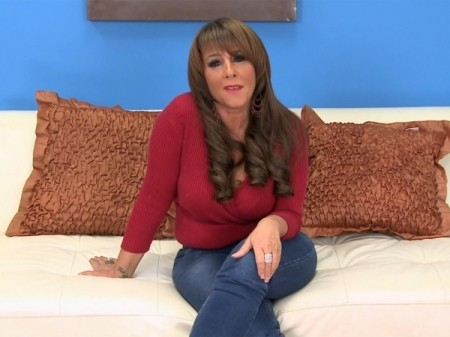 Cassidy - Interview MILF video