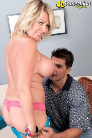 Morgan Monroe - XXX MILF photos