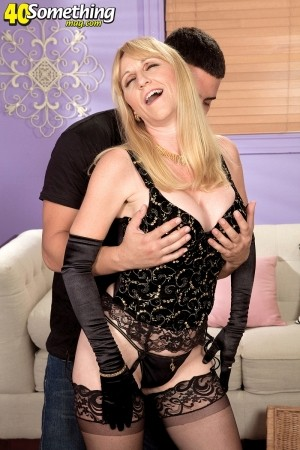 Kay Kummingz - XXX MILF photos
