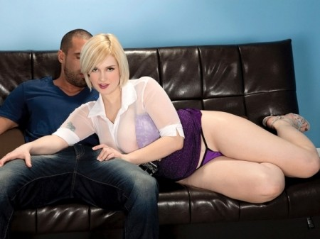 Siri - XXX Big Tits video