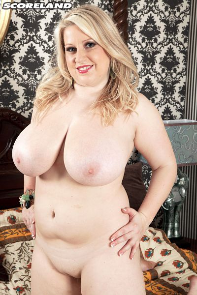 Janne Hollan - Solo Big Tits photos