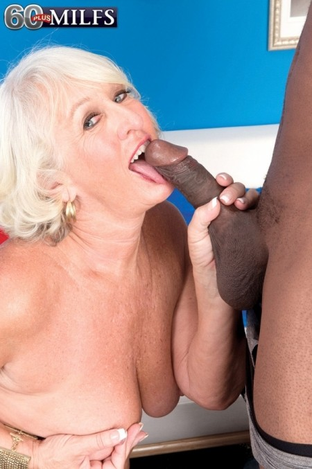 Jeannie Lou's Big Darksome Penis Creampie