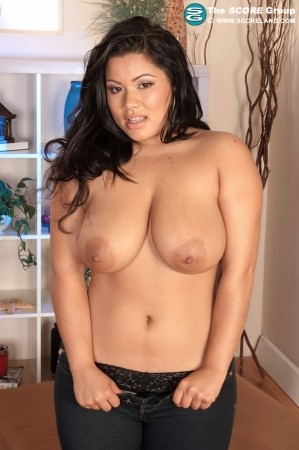 Lanea Love - Solo Big Tits photos
