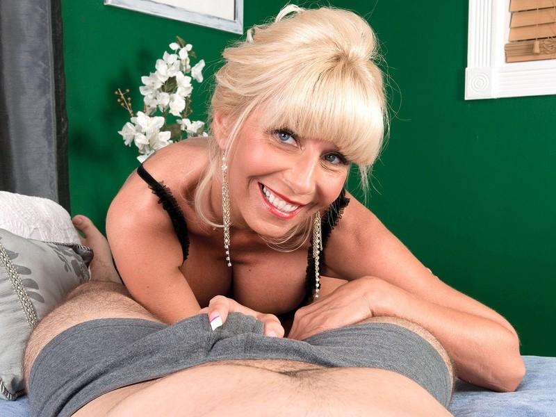 Misty luv milf tugs variant Leave