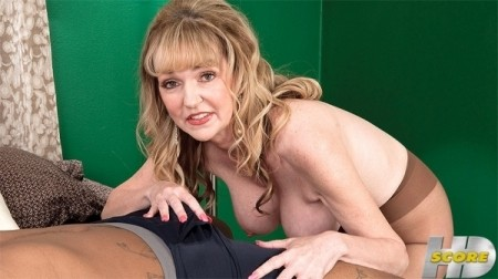 Janee Diamond - XXX MILF video