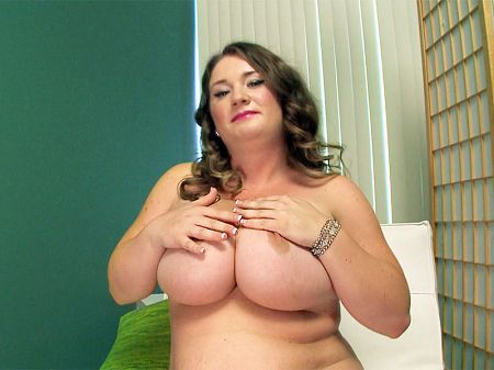 Nikki Smith - Solo BBW video