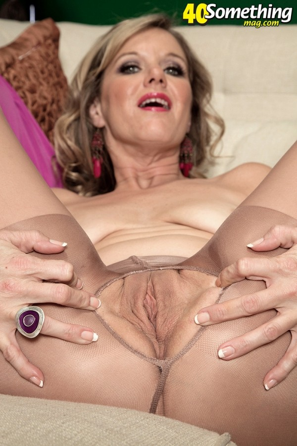 milfs like it black charlee chase