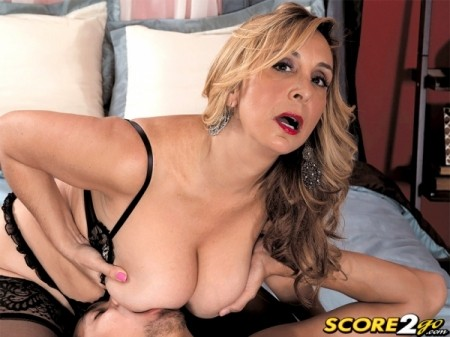 Sophia Jewel - XXX BBW video