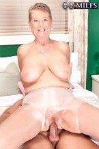 Joanne Price - Solo Granny photos