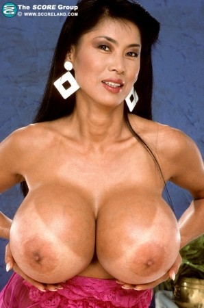 Minka - Solo Big Tits photos