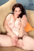 Jasmine Jones - Solo BBW photos