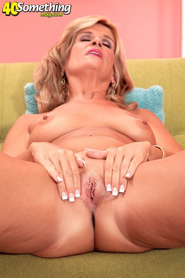 Crystal Jewels - Solo MILF photos