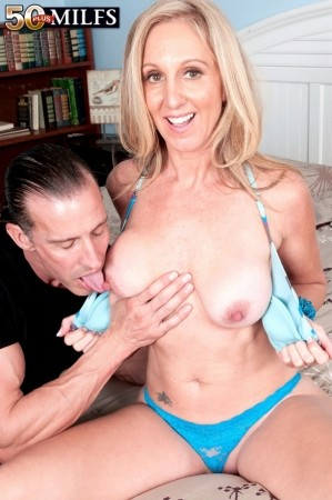 Jenna Covelli - XXX MILF photos