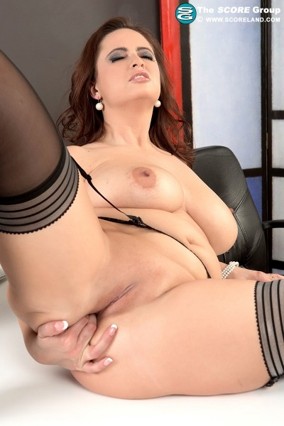 Sirale - Solo Big Tits photos