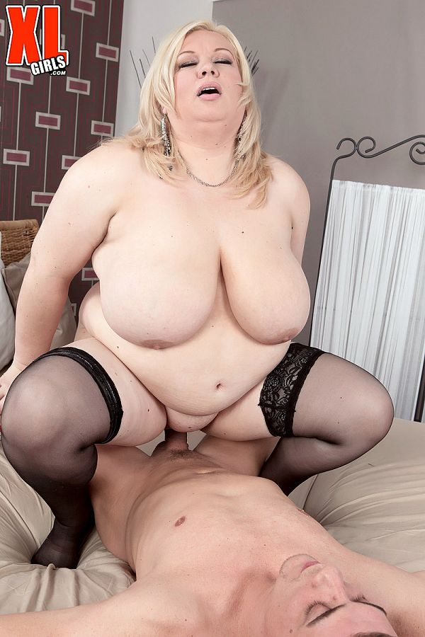 Annemari  - XXX BBW photos