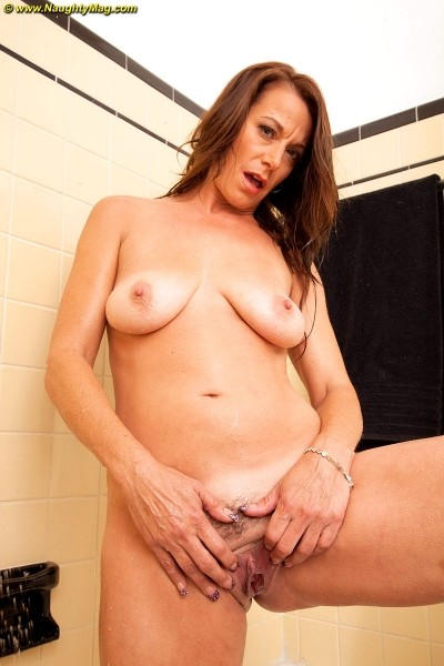 Mimi Moore - Solo Amateur photos