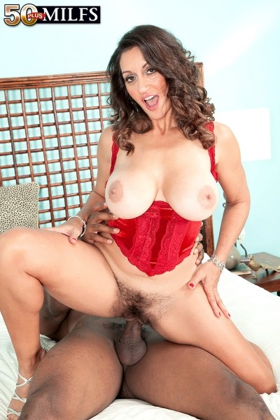 Persia Monir - XXX MILF photos