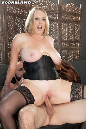 Maggie Green - XXX Big Tits photos thumb