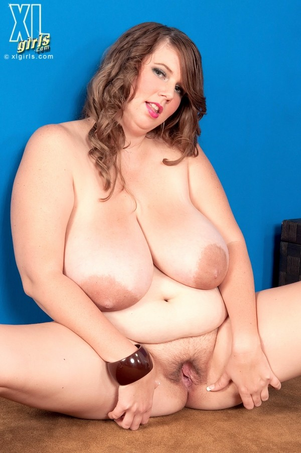 Michelle May - Solo BBW photos