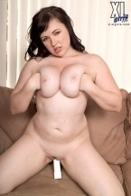 Vida Sadora - Solo Big Tits photos