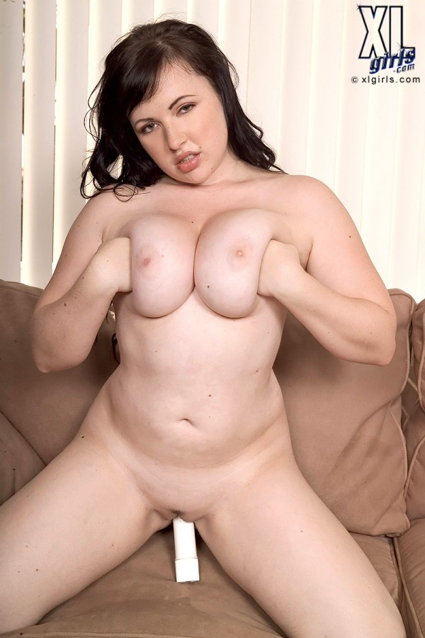 Vida Sadora - Solo BBW photos
