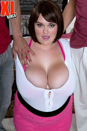 Lisa Canon - XXX Big Tits photos