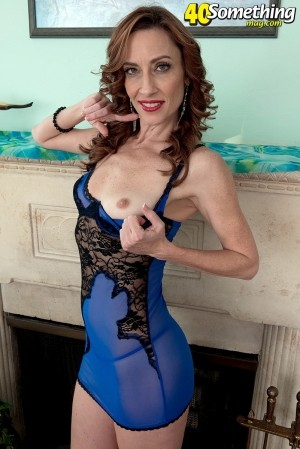 Betty Blaze - Solo MILF photos